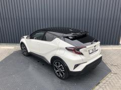 Toyota-C-HR-9