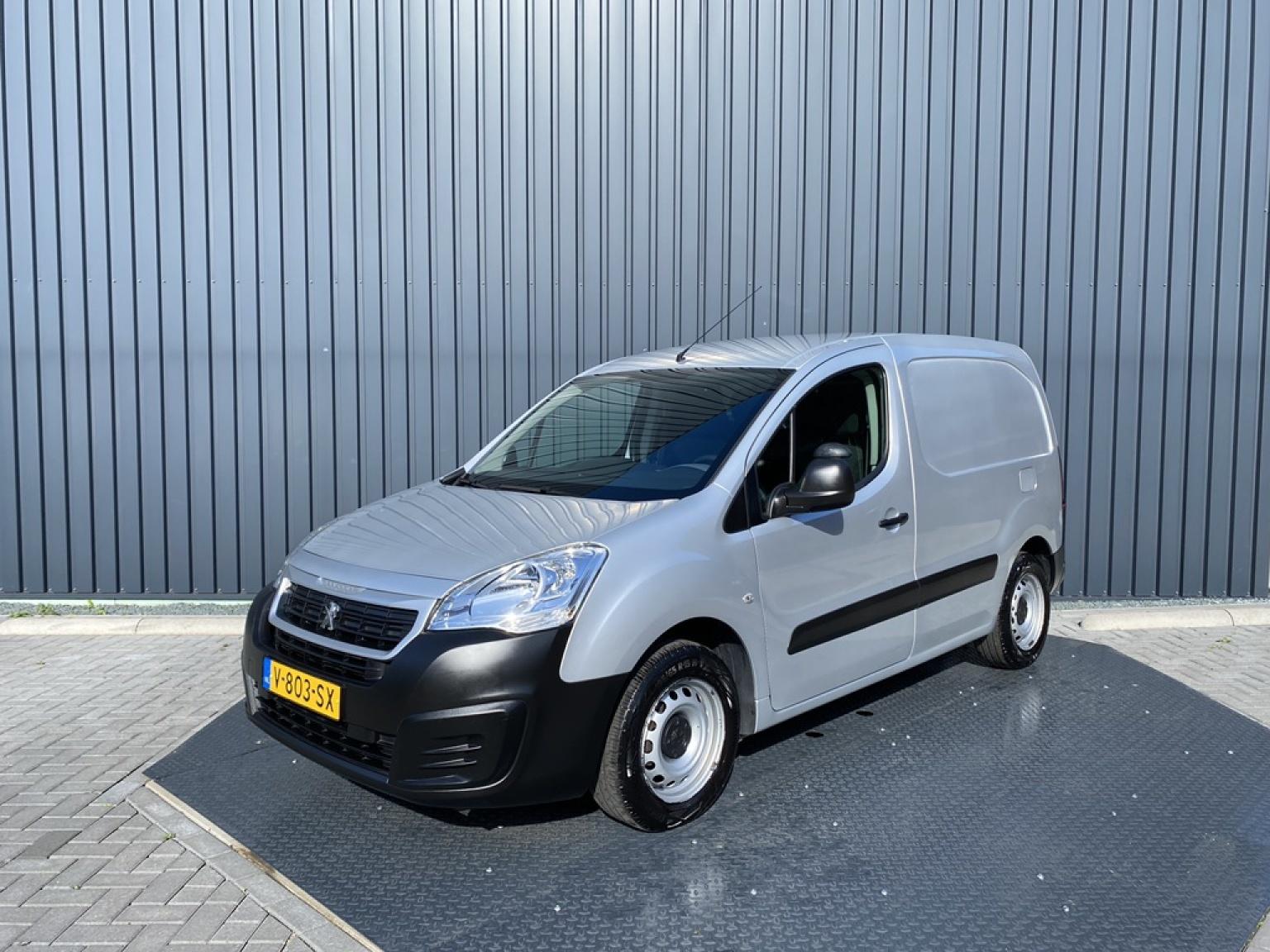 Peugeot-Partner-27